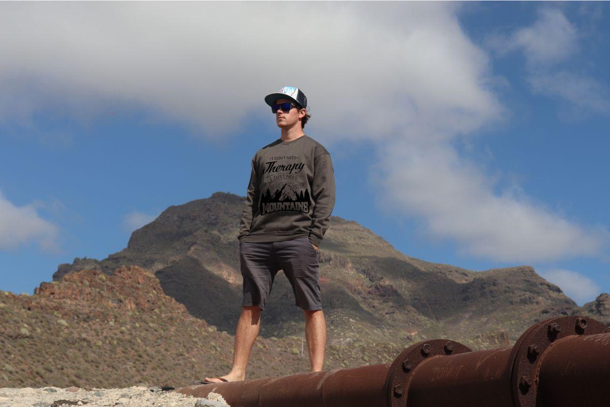 mikina Mountains therapy unisex dark grey hoodie